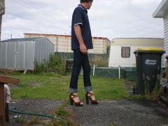 """skinny jeans and 6"""" platform sandals"""