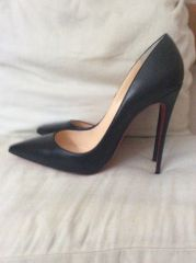 Christian Louboutin So Kate