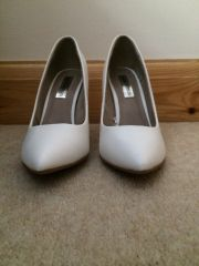 F & F (Tesco) white block heel court shoes
