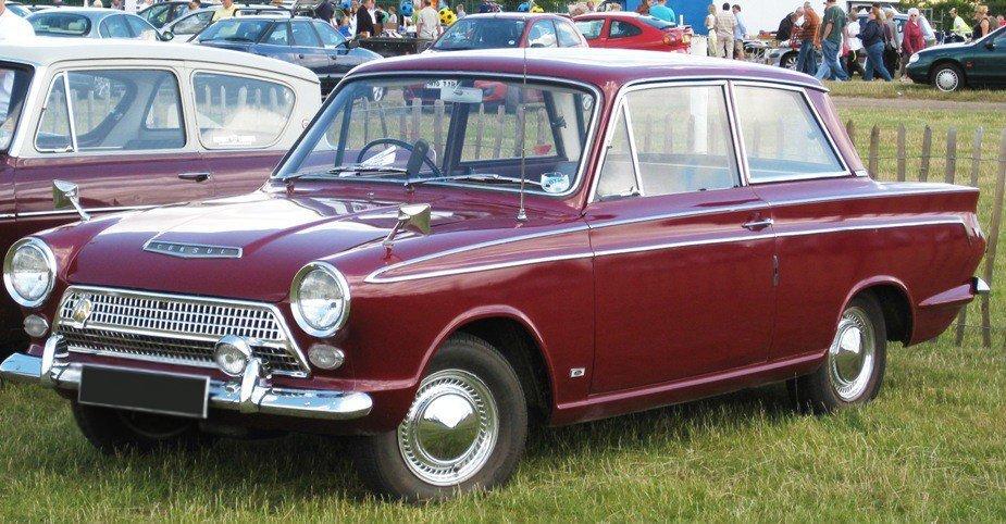 Ford_Cortina_Mark_I.jpg.193783aad4dc853349630cd2fb32ed89.jpg